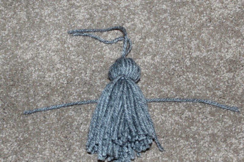 Making the tassel for the DIY bookmark