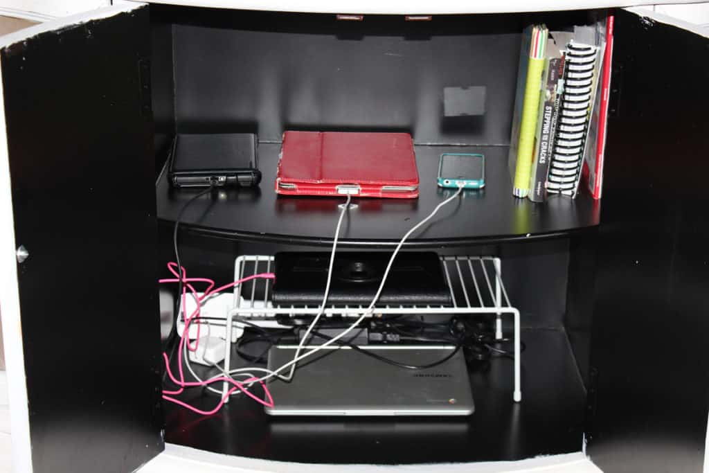 charging station, storage for electronic devices, chalk paint table