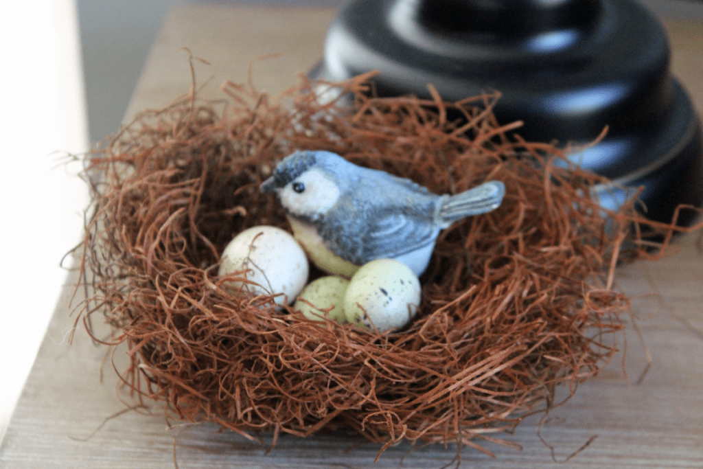 Spring decor: DIY birds nest, eggs, and blue bird