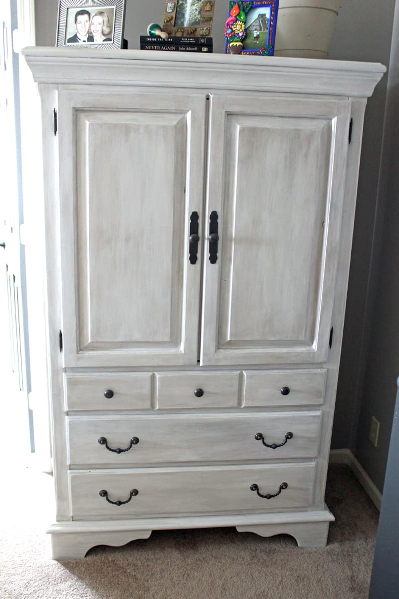 Painted Furniture Ideas for the Home / Before and After ...