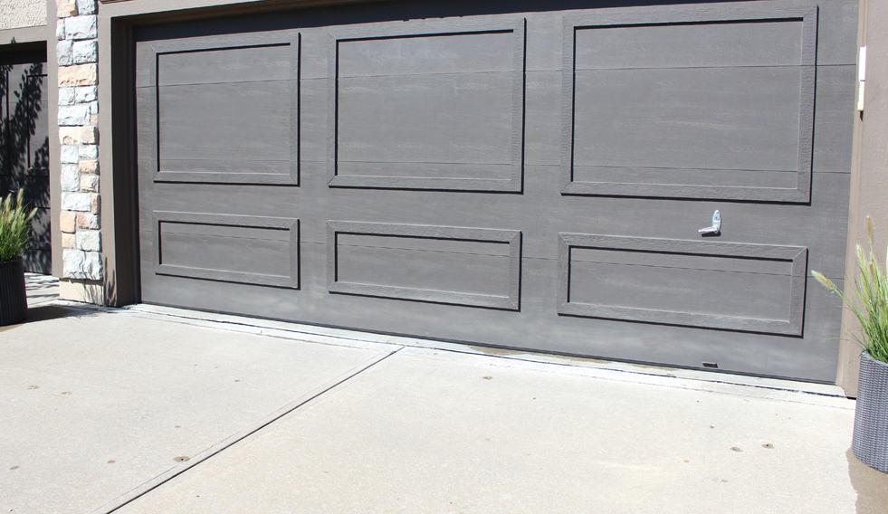 Painting a garage door, painting a garage door a dark color, Black Fox by Sherwin Williams, tips for painting a garage door