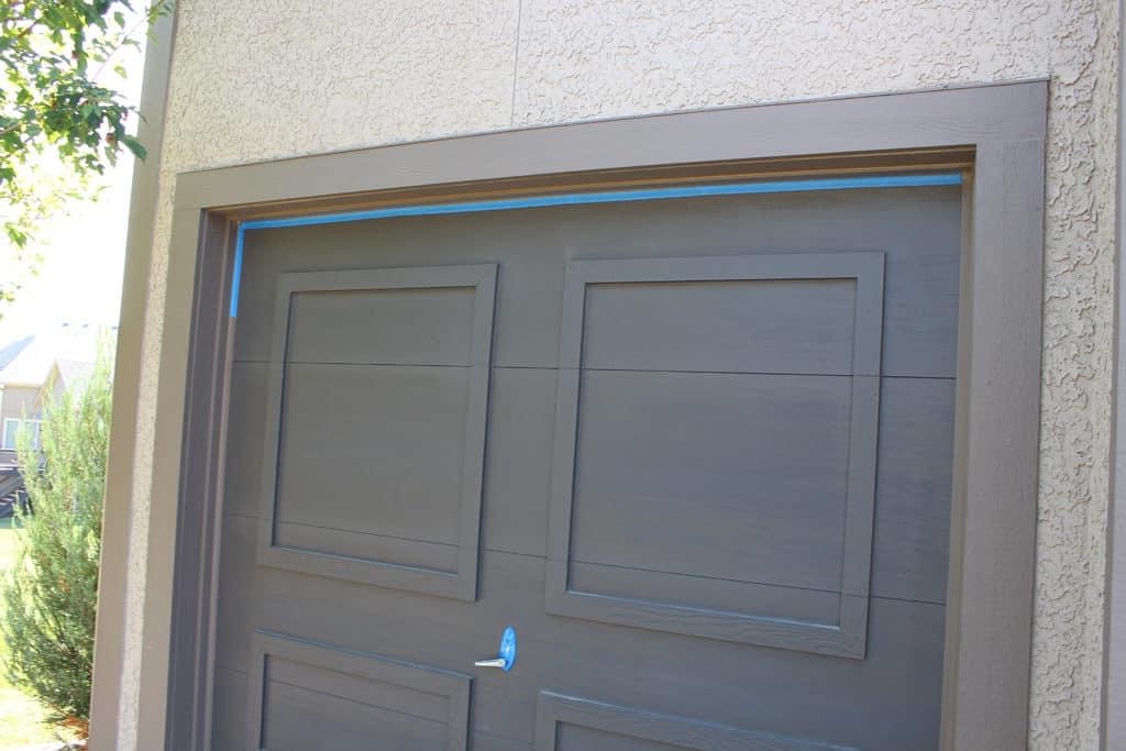 Taping garage door when painting