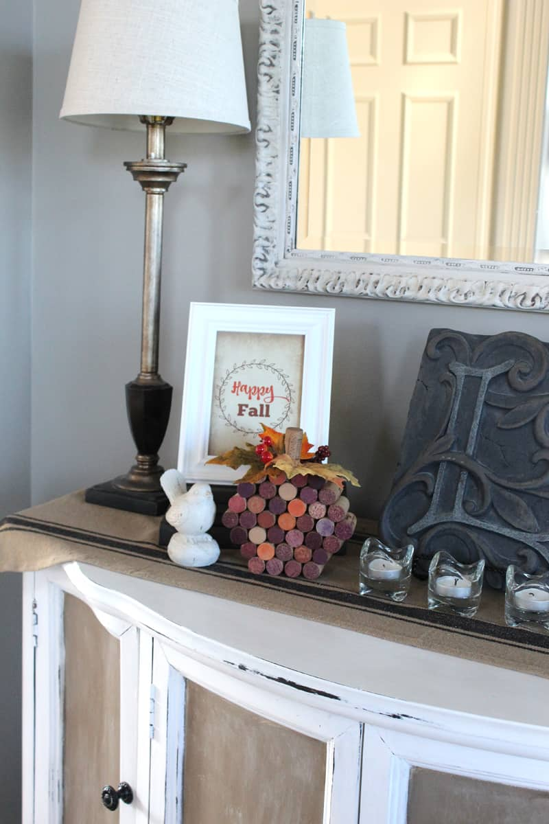 Happy Fall Sign - Free fall printable and wine cork pumpkin
