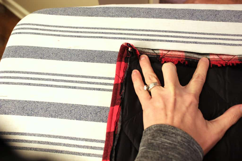 DIY Buffalo Plaid Table Runner, tutorial for a basic table runner