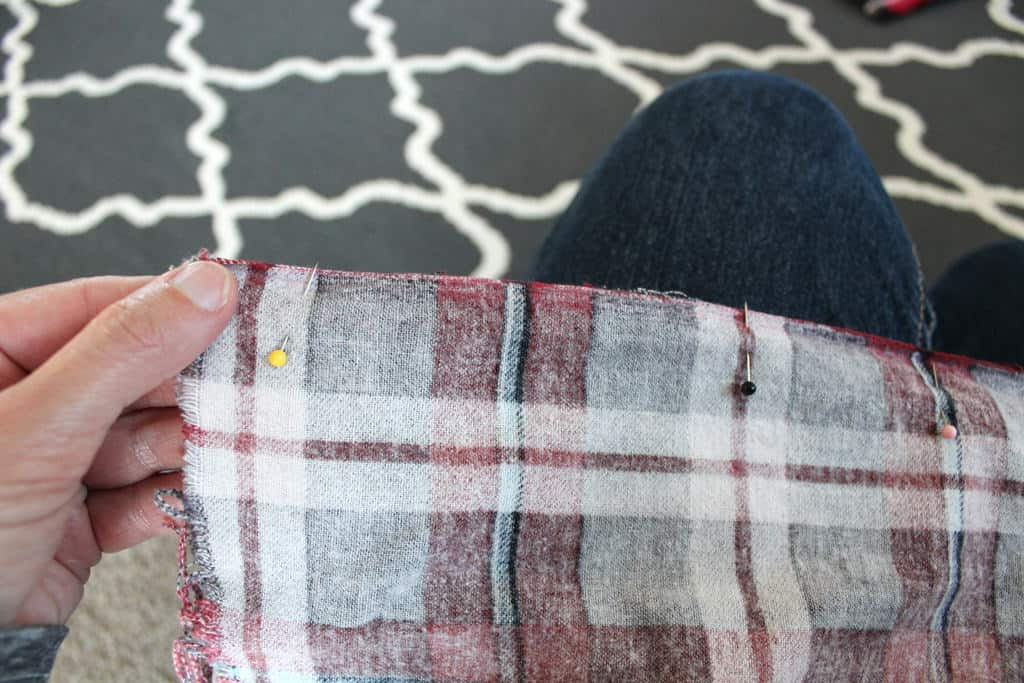 Pinning edges when making scarf