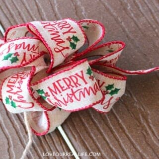 How to make a fancy bow with wire ribbon!