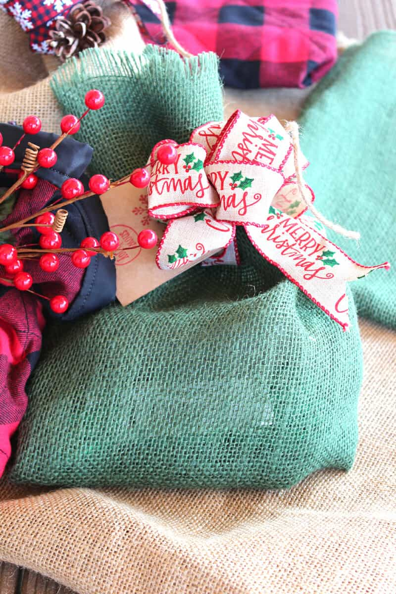 How to Make a Fancy Bow With Wire Ribbon - Love Our Real Life