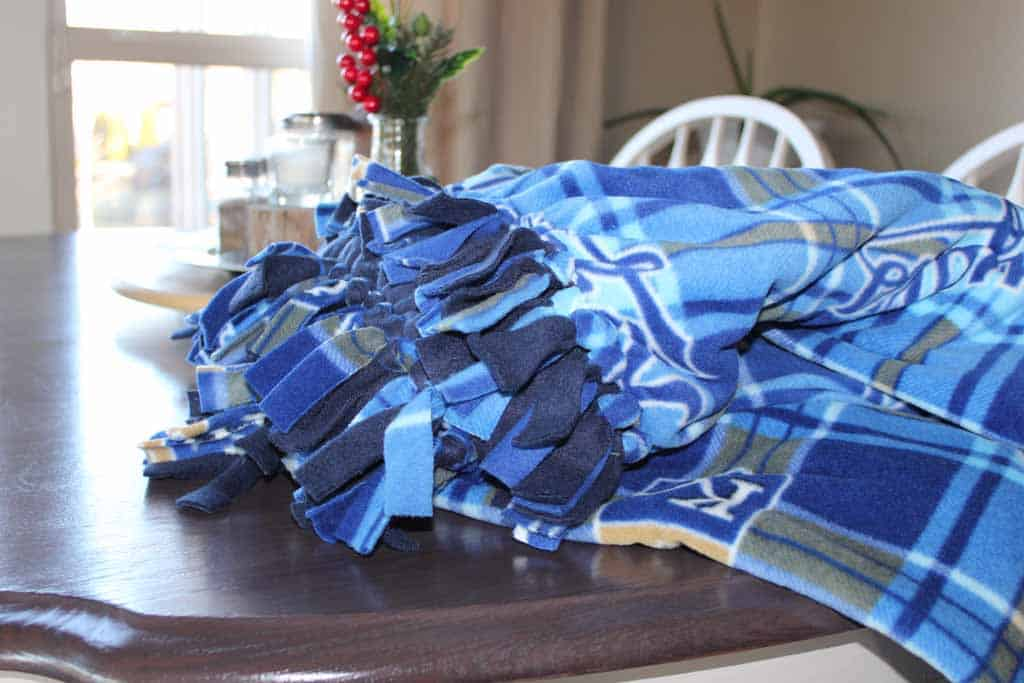 fleece no sew blanket