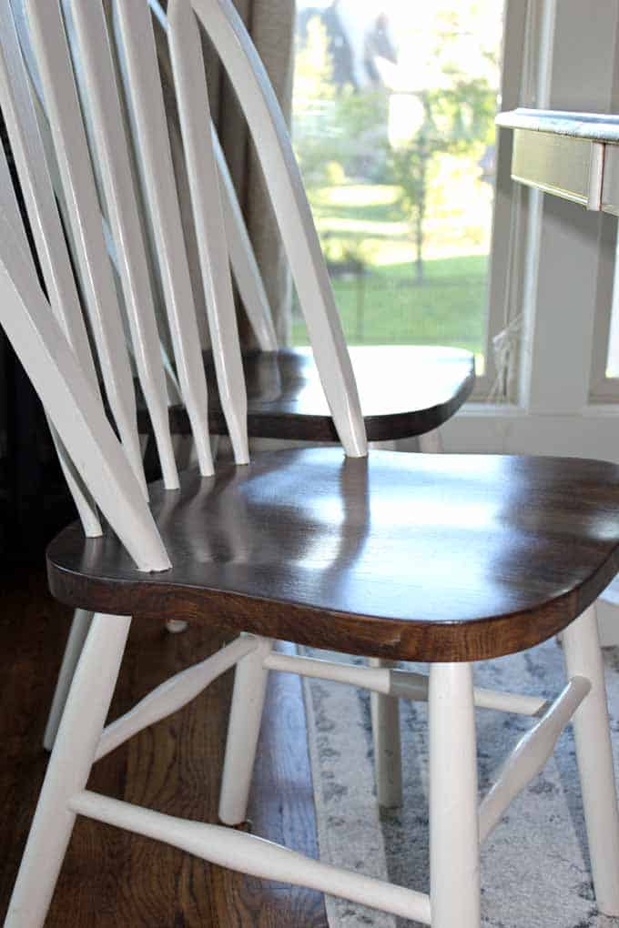 Linen Amy Howard Chalk paint and wood stain kitchen chairs give a beautiful farm house kitchen style.