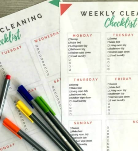 Checklist for weekly house cleaning tasks.