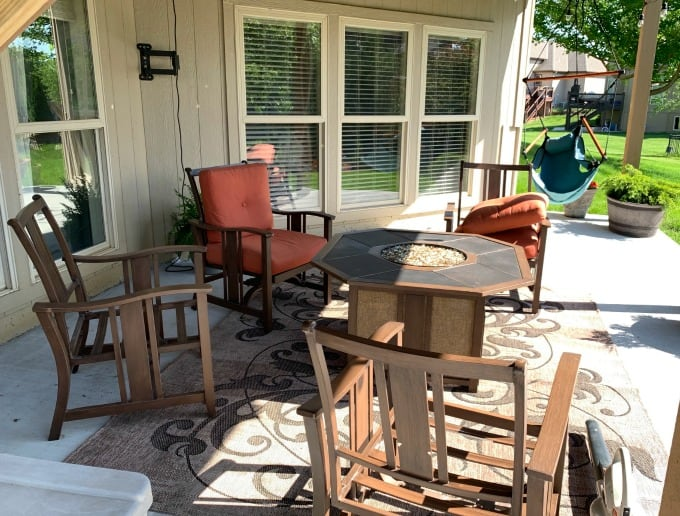 Restoring metal patio furniture