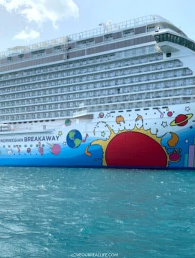 Norwegian Breakaway cruise ship on Western Caribbean