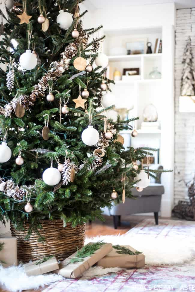 Neutral colored ornaments on Christmas tree