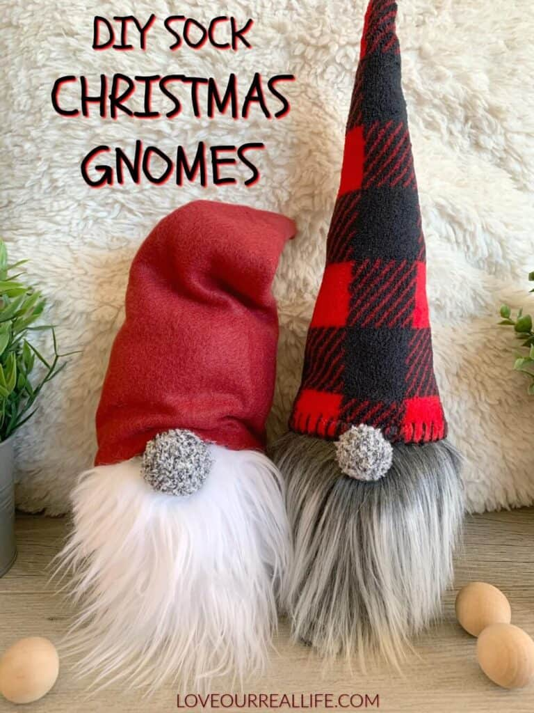 DIY Sock Christmas gnomes