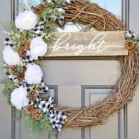 DIY Christmas Wreath ~ Southern Yankee DIY