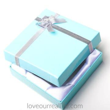 blue cardboard jewelry box